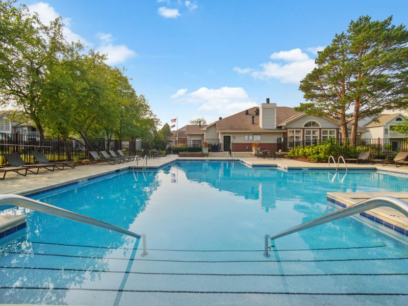 TGM Danada Apartment Swimming Pool 4